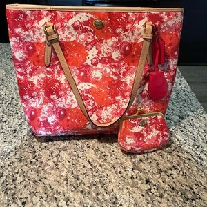 Coach Peyton floral print zip tote with coin purse